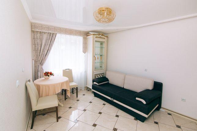 Квартира посуточно в центре в новостройке ул. Петропавловская 79
