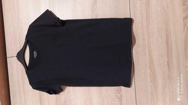 Czarna bluzka dziewczęca z krótkim rękawem