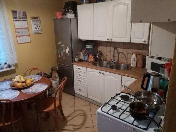 Mieszkanie na osiedlu świętokrzyskim duża kawalerka z osobną kuchnią