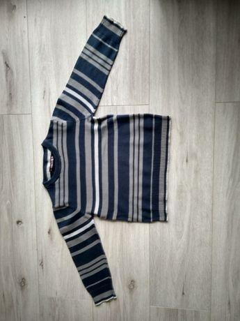 Sweterek chłopięcy rozmiar 110