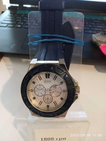 Мужские часы Guess U0674G4 Отличное состояние
