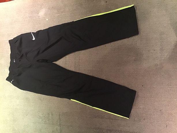 Vendo calças de fato de treino NIKE dri-fit