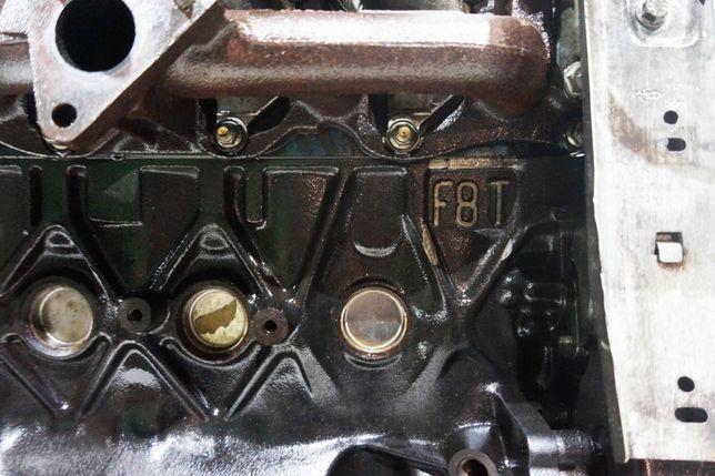 Двигатель двигун Renault Master Scenic Kangoo Magane Clio 1.9DTI
