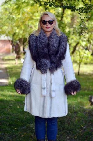 Шуба пальто из меха бобра воротник чернобурка ХОРОШИЙ ТОРГ