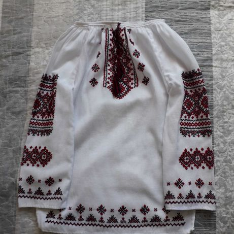 Вышитая рубашка. Вышиванка