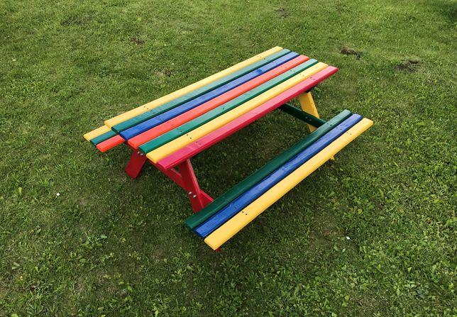 Дерев'яний стіл Just Fun з лавками для дітей 120x100