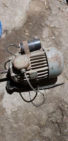 Silnik 1,1 kw dwubiegowy