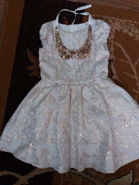 Плаття нарядне 98 / платье для девочки красивое + колье