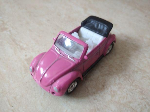 Miniatura VW Beetle descapotável em bom estado