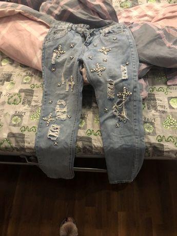 Продам джинсы 38 р