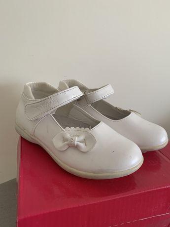 Взуття для дівчинки 27