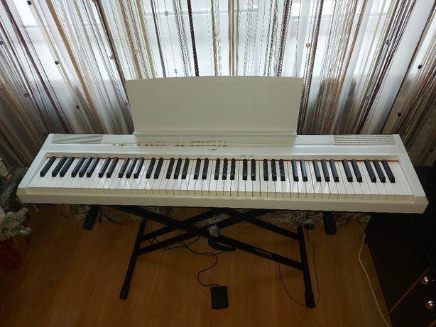 Цифровое пианино Yamaha P-115 + стойка