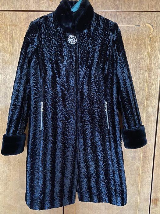 Шуба, пальто зимнее Бурштын - изображение 1