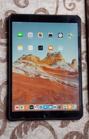 Продам iPad PRO 10.5 - 256Gb