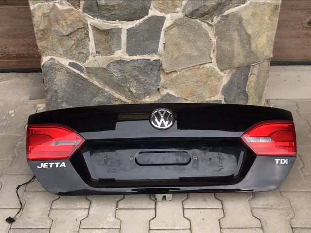 Кришка багажника ляда Volkswagen Jetta 2010-2017