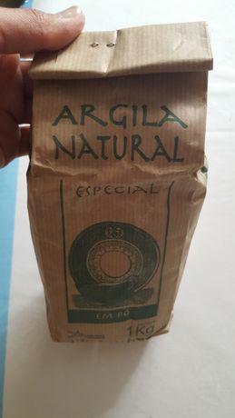 Argila natural em pó