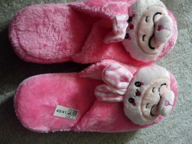 Nowe pantofle damskie