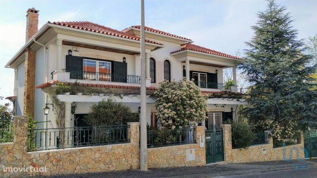 Moradia - 467 m² - T4