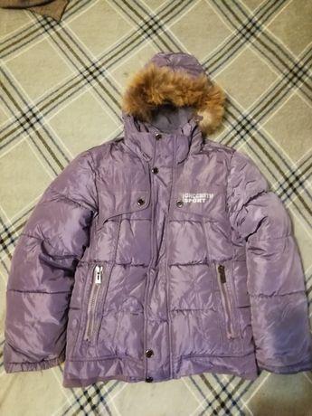 Зимняя курточка на рост 140.