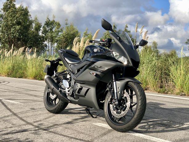 Yamaha R3 2020 2.000 KMS