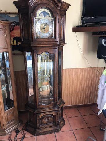 Часы напольние