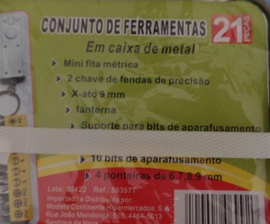 Caixa em Metal com 21 Ferramentas NOVA (BU)