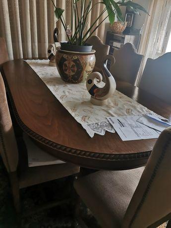 Mesa Madeira antiga com 8 cadeiras