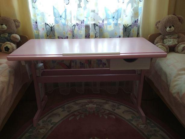 Дитяча парта-стіл для навчання і творчості