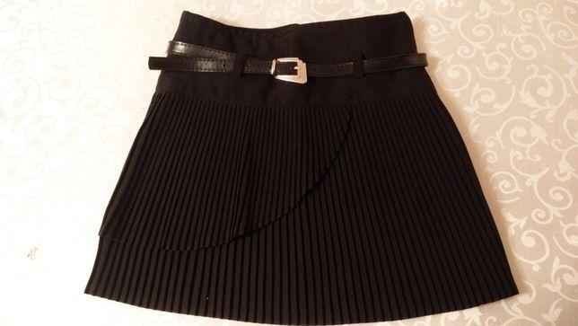 Черная юбка гофре на 6-7 лет
