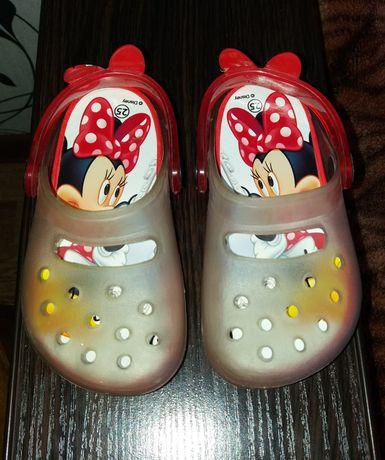 Кроксы Disney