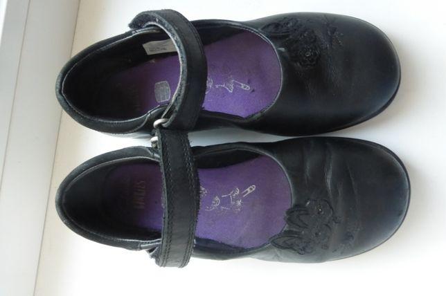 Туфельки для школы Clarks р. 28