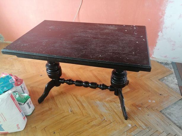 Duży stół rozkładany do odmalowania