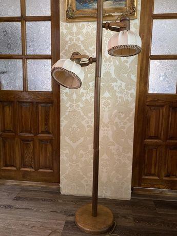 PRL stara duza stojąca Lampa lampka drewniana