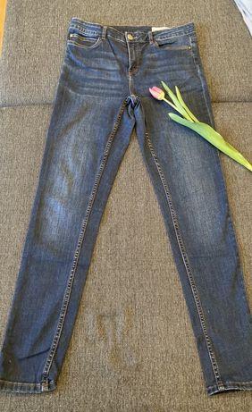 Sppdnie jeansowe esmara 40