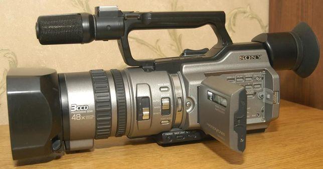 Відеокамера sony 2100
