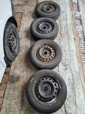 Зимняя резина 185/65 на стальных дисках r15 4×114.3