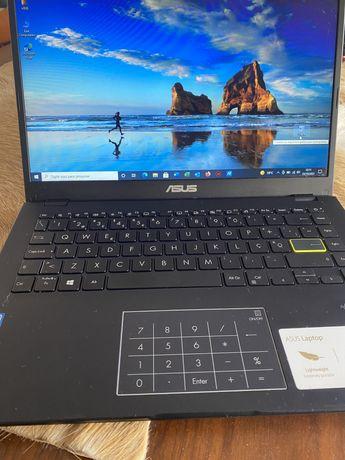 Computador portatil ASUS LAPTOP