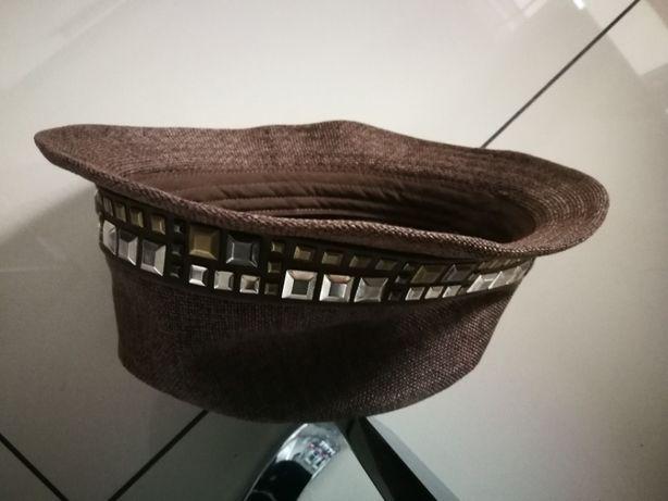 kapelusz brązowy na dziecko od 8-12 lat styl Zary