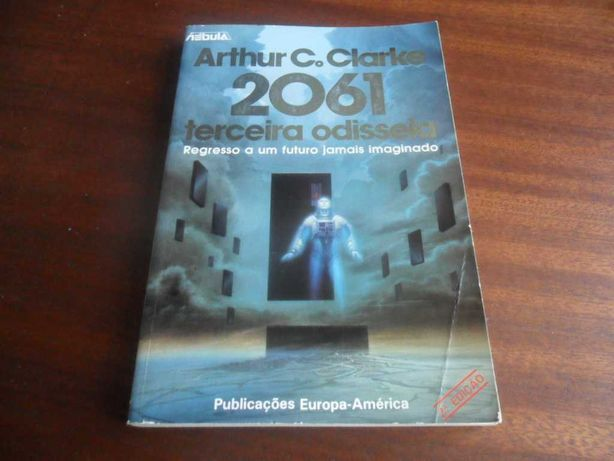 """""""2061 - Terceira Odisseia"""" de Arthur C. Clarke"""