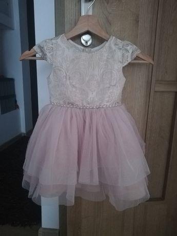 Sukienka dla małej księżniczki, 3 lata