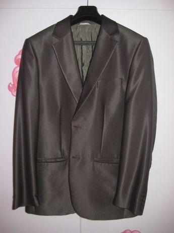 Sprzedam prawie jak nowy garnitur męski marki Groand rozmiar 52/176