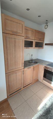Komplet mebli kuchennych z drewna dębowego, kuchenka, okap, lodówka...