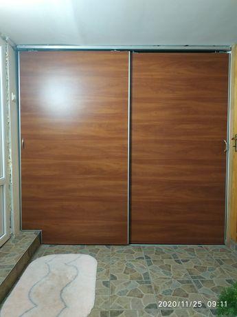 Двері розсувні типу ''купе''