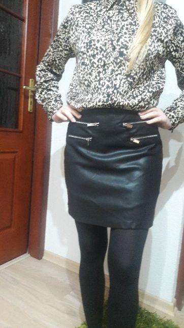 Spódnica mini czarna ala skórzana suwaki srebrne M /38 Sinsay - Nowa