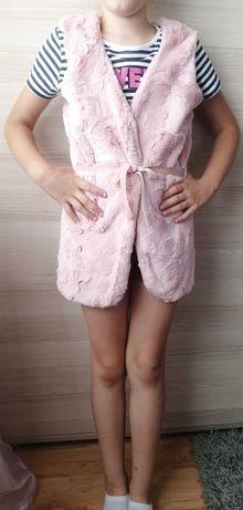 Różowa futrzana kamizelka dla dziewczynki 140 cm :)