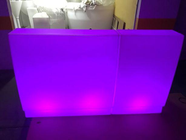 Balcão com luz para bar