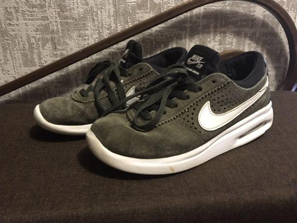 Кроссовки Nike оригинал р.36