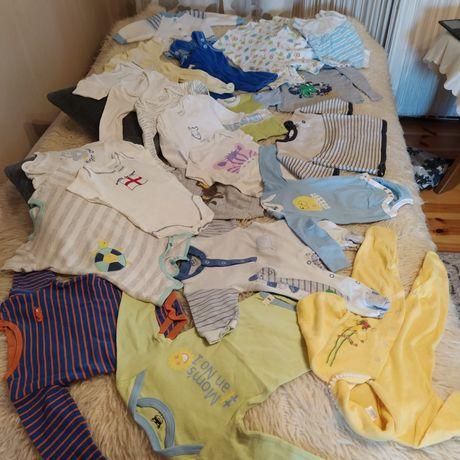 Paka ubranek niemowlęcych