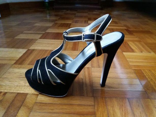 Sandálias de salto Samelli