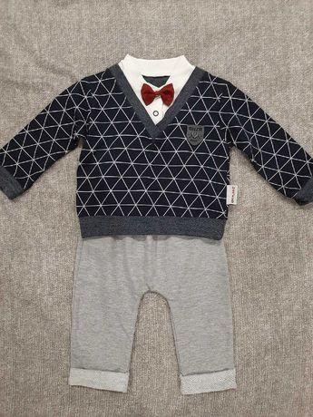 Стильный костюм для мальчика на 5-6 месяцев